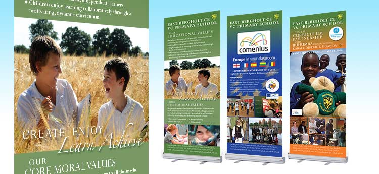 Roll up / Pull up banner stands